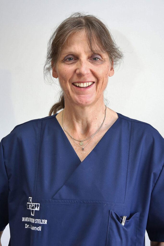 Dr. Christine Lendl, Tierärztin in Berg, Starnberger See